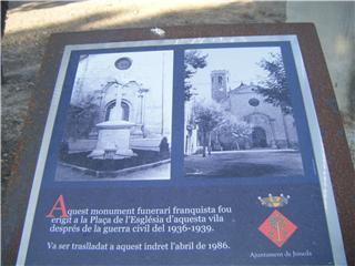 Senyalització del monument funerari franquista de Juneda